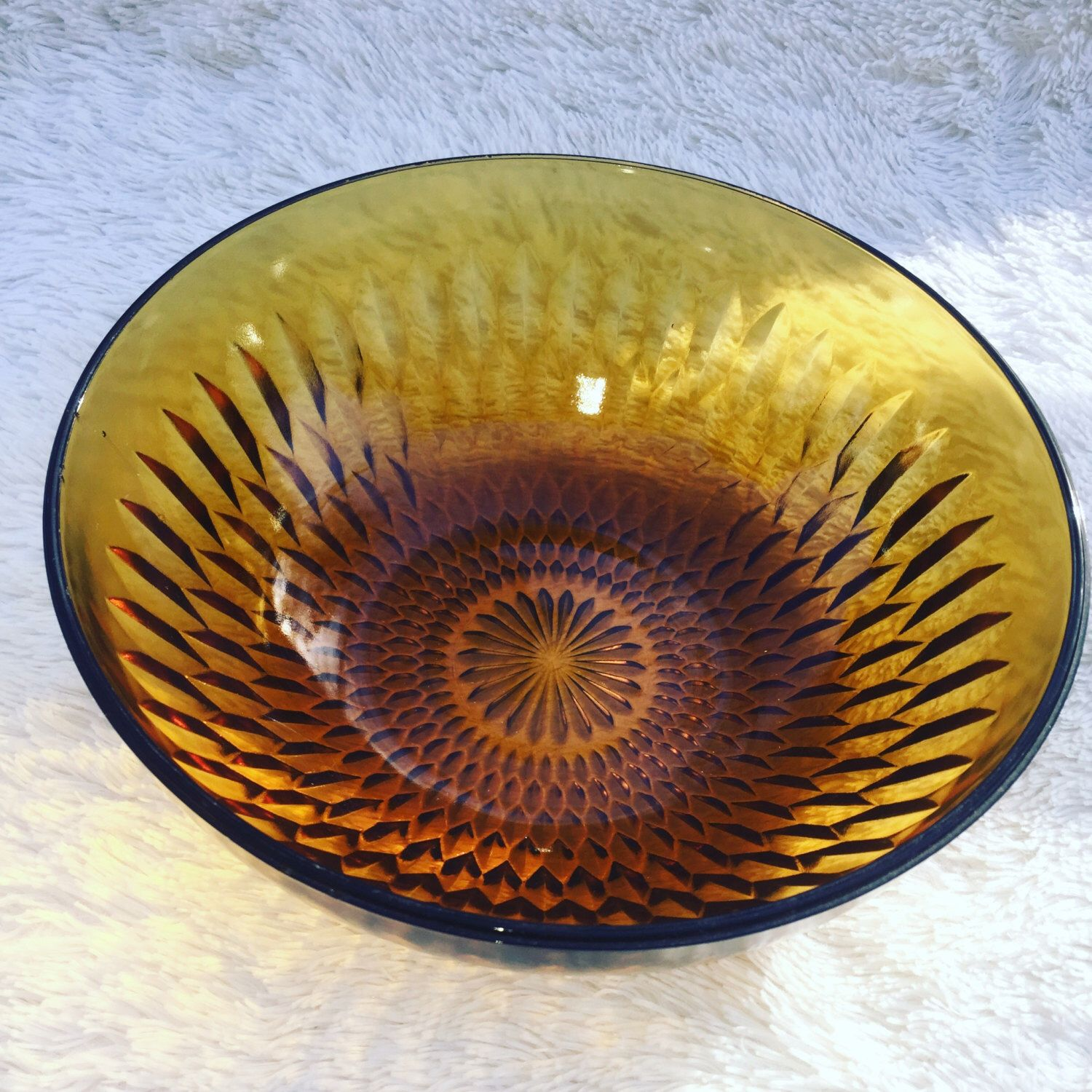 Vintage amber bowl by Indiana Glass Company. Diamond Point