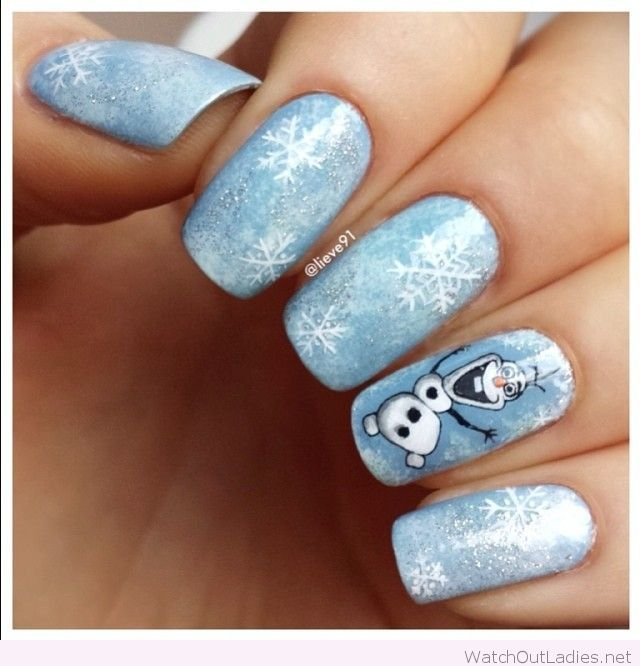 Blue and white Christmas nails with Olaf | watchoutladies.net ...