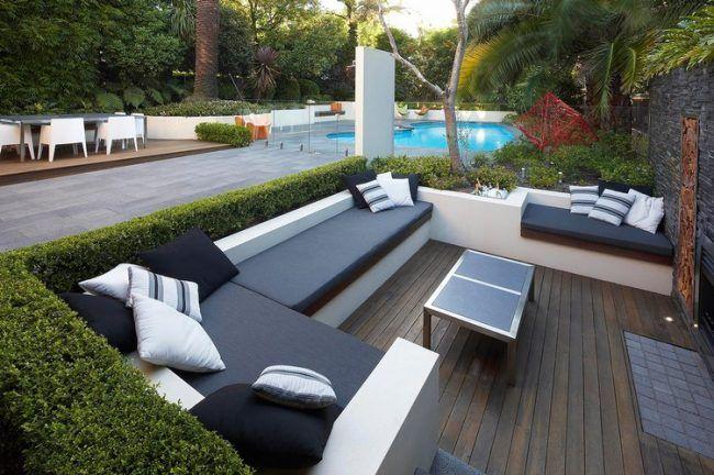 garten-lounge-sets-gestaltungsideen-gemauerte-sitzbank-hecke-grenze ...
