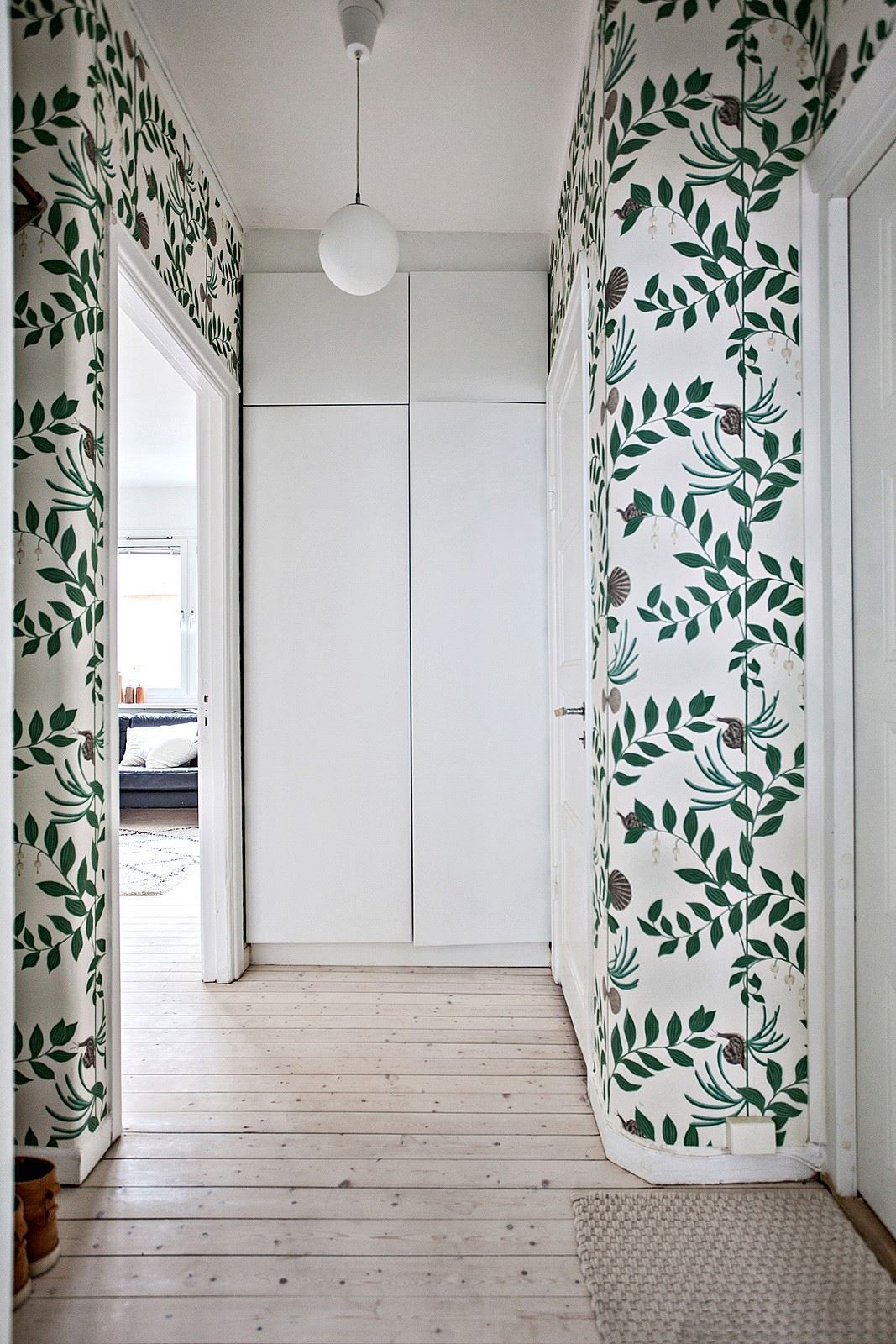 Foyer Foliage Wallpaper Apartment Entryway Small Apartment