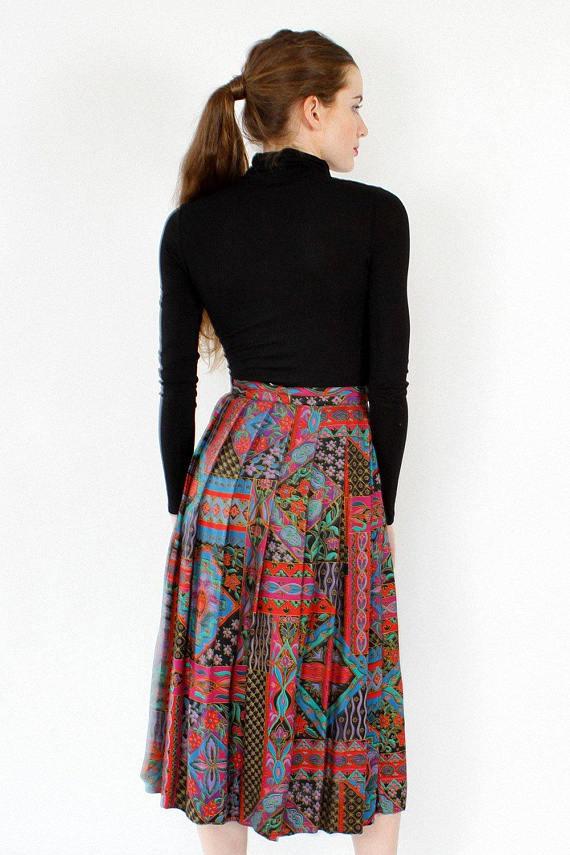 d62cebc1089 Box Pleated Skirt S M • Vintage Midi Skirt • 90s Skirt • High Waisted Skirt  • Flowy Midi Skirt • Col