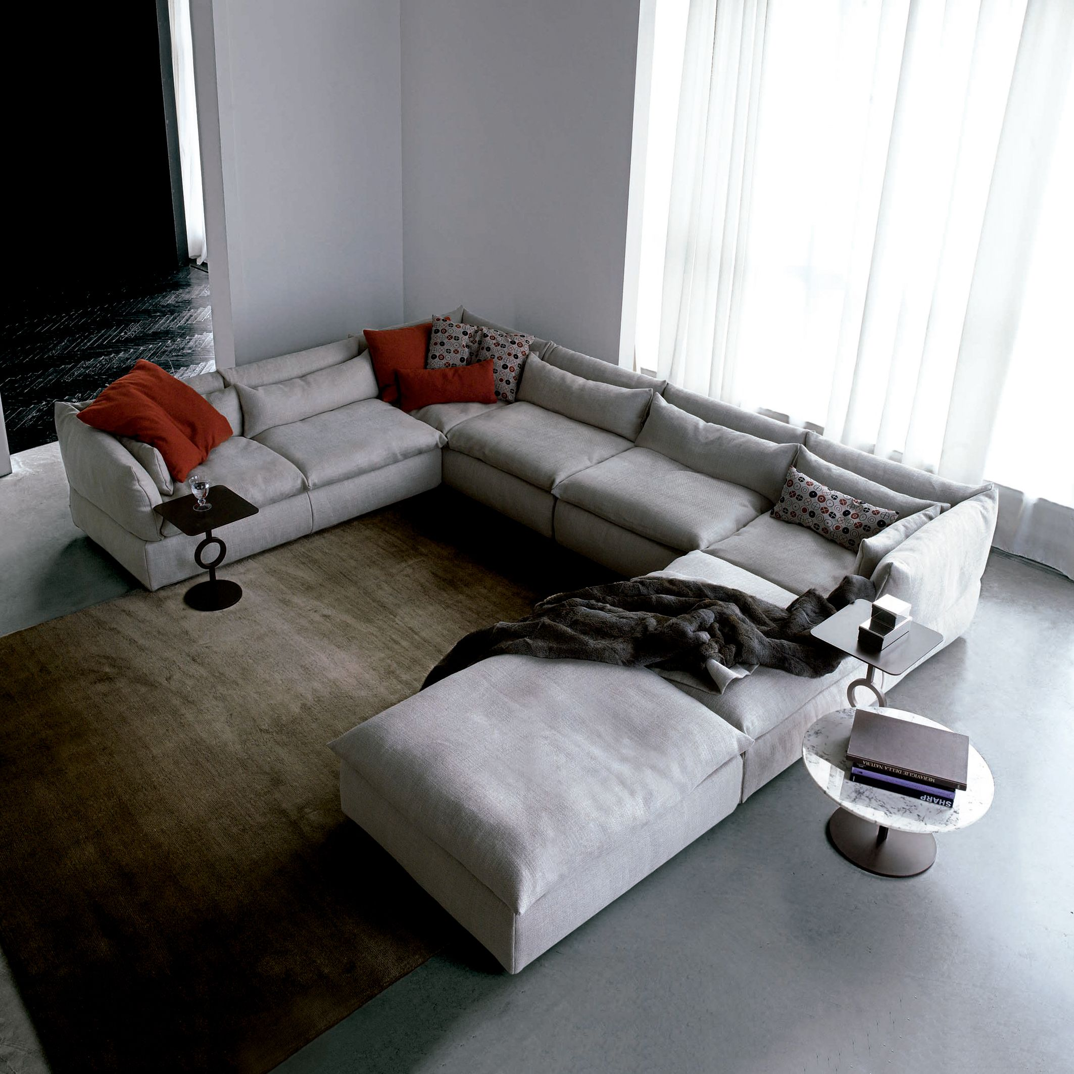 Compos Sectional Luxury Contemporary Italian Living Room Design