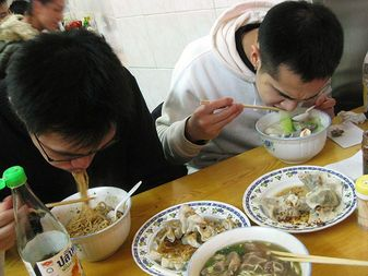 people eating ramen - Google Search