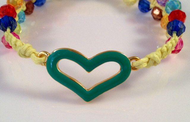 Heart Bracelet , Heart Beaded Bracelet , Baby Yellow by seven99bracelets on Etsy  Heart beaded bracelet ONLY $7.99   #valentines #bff #armcandy #heartbracelet #lovebracelet #love #heart #heartbeadedbracelet #yellow #babyyellow  #yellowbracelet #rainbow