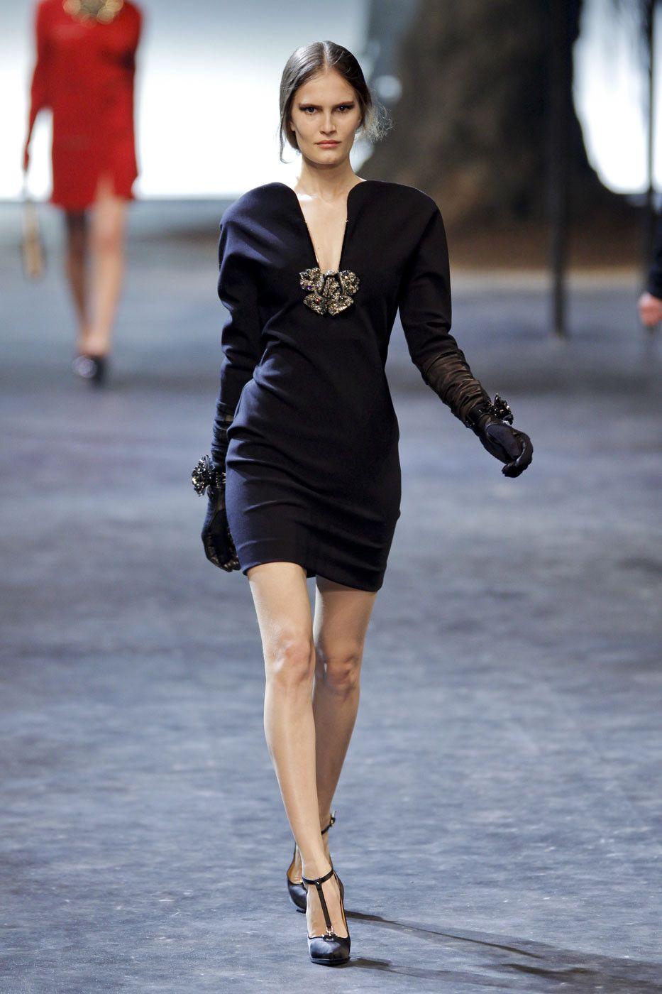 Lanvin at Paris Fashion Week Fall 2011 - Livingly