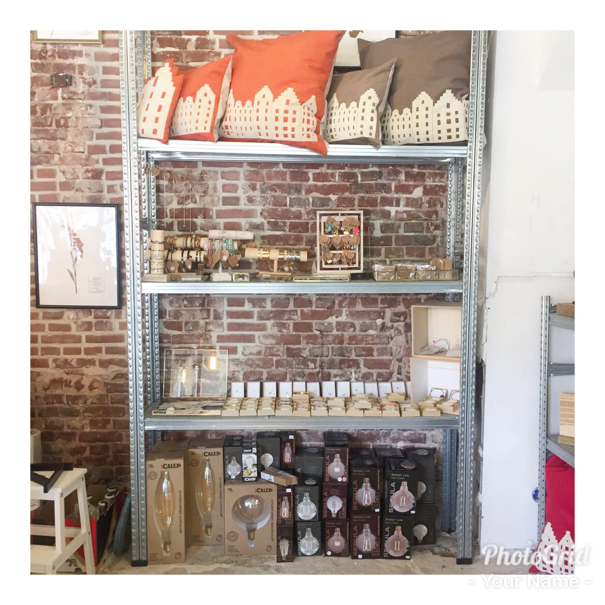 PS - Poush Pop-Up Store ~ The Hague // Shop-in-shop