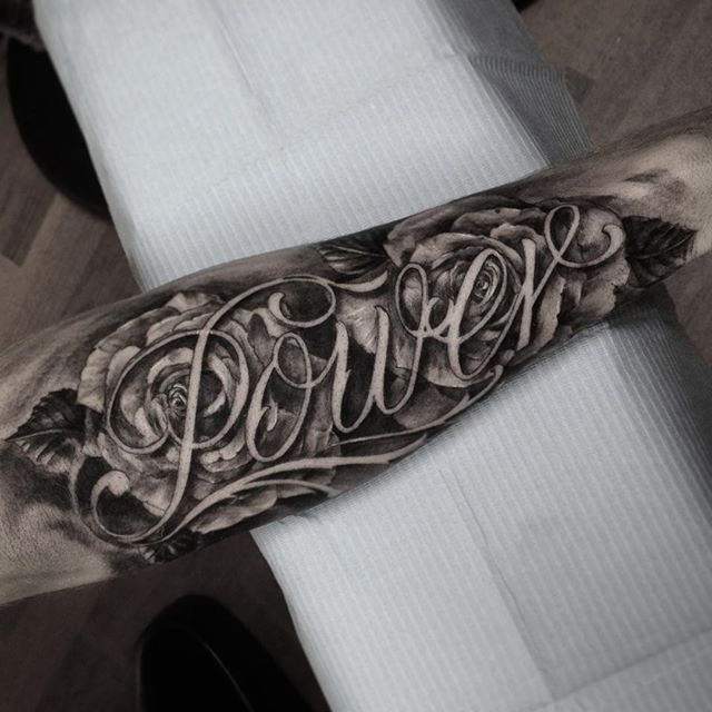 Idea By Beba On Tattoo Tattoo Font For Men Forearm Name Tattoos Names Tattoos For Men