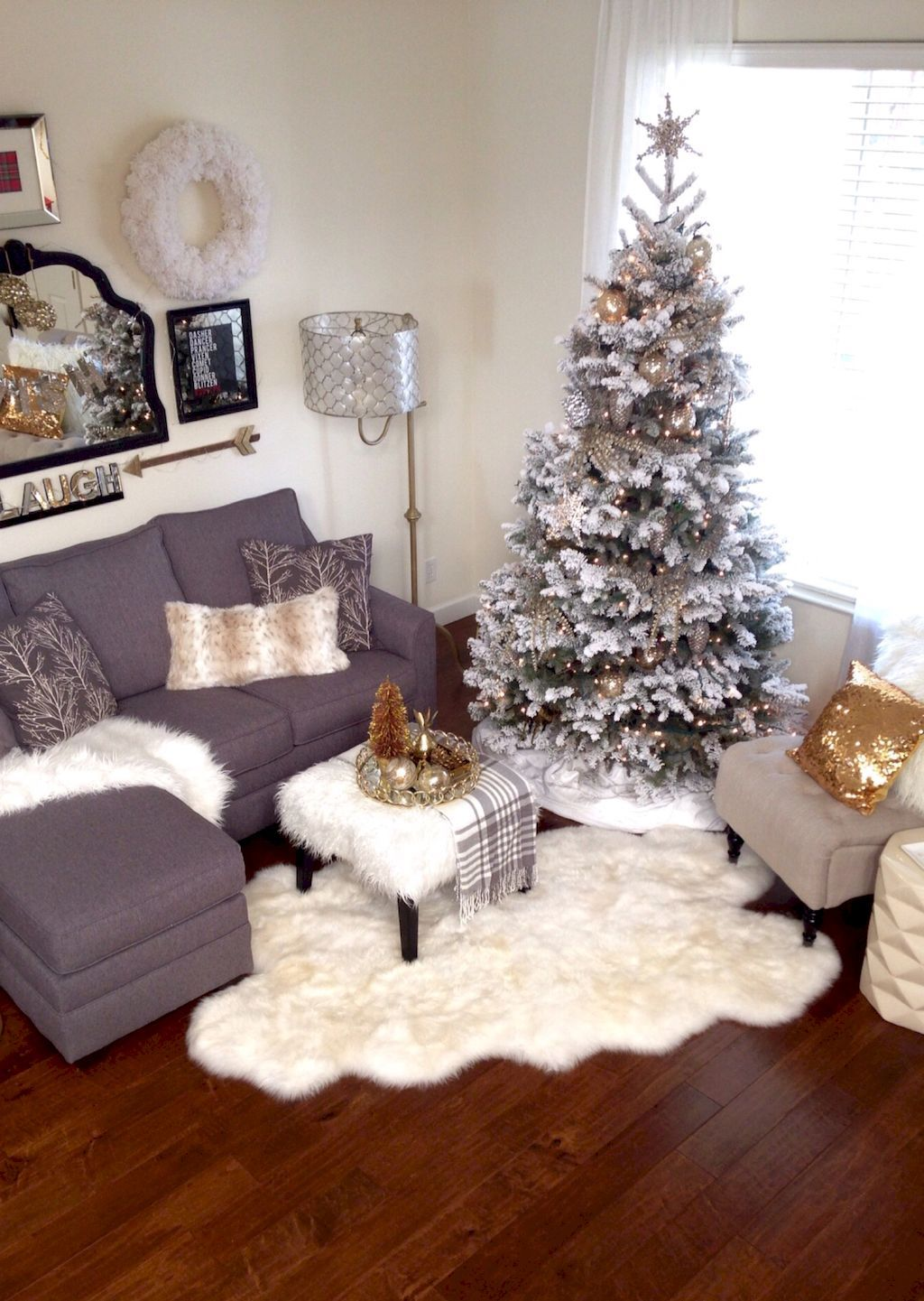 55 Amazing Christmas Decorating For Your Apartment  Apartments Stunning Apartment Living Room Decor Ideas Inspiration Design