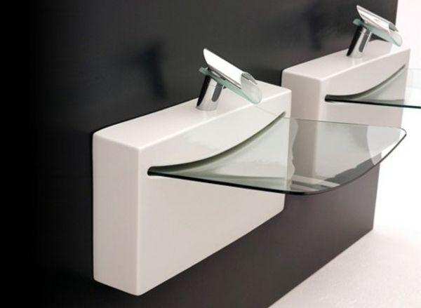 Moderne Waschbecken gläsernes designer waschbecken schwarze wand dahinter