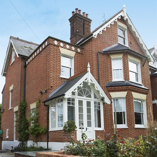 Take A Turn Around This Impressive Victorian Home In Surrey Ideal Home Victorian Terrace House Victorian Homes Edwardian House