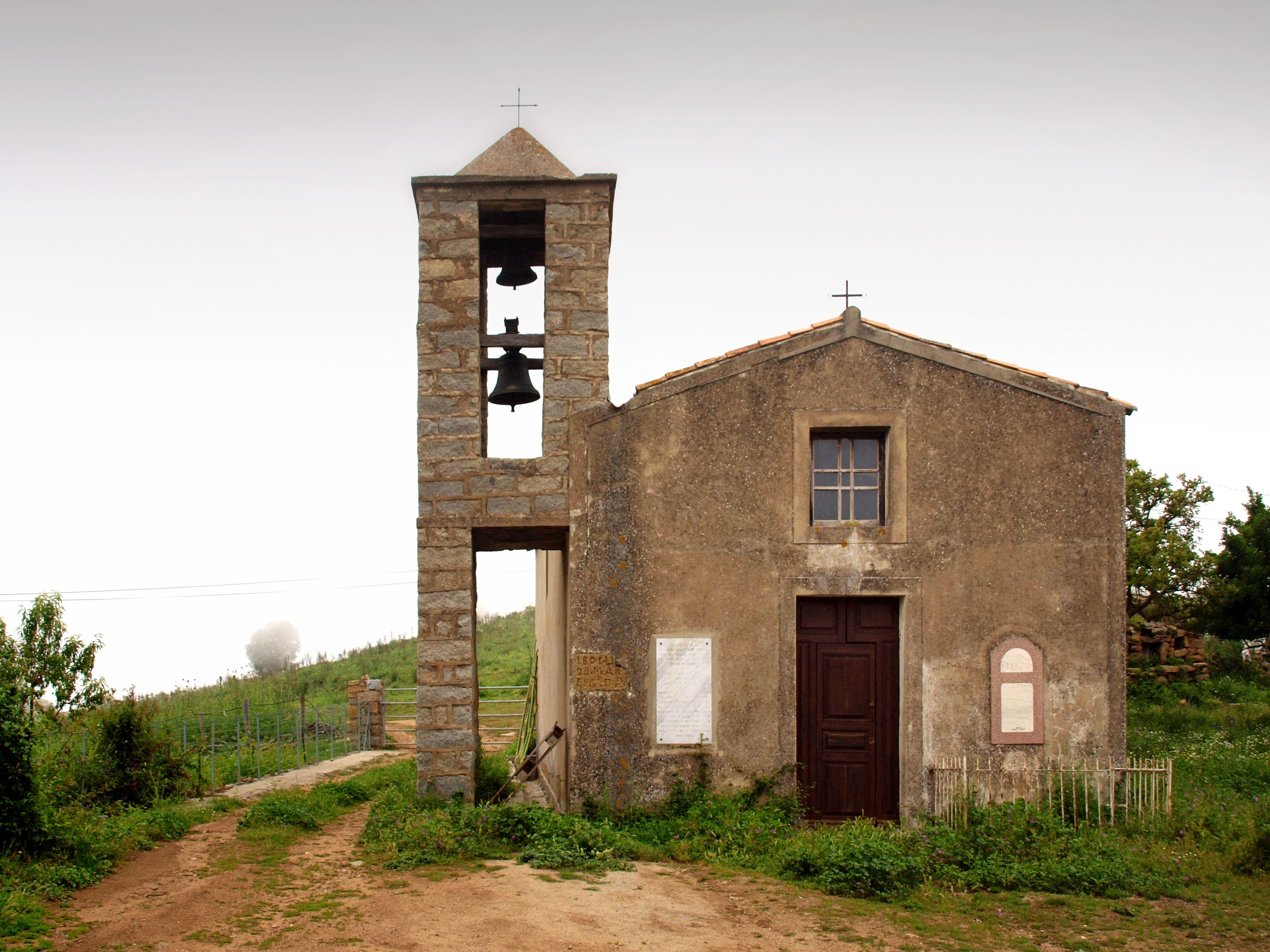 l'église Saint-Siméon à Revinda Corse