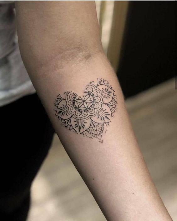 Photo of 19 Heart Tattoo Ideas For Romantics