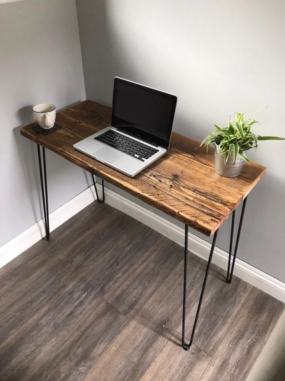 Hampshire Modern Rustic Industrial Reclaimed Wood Desk Avec Des Jambes En Epingle A Cheveux En 2020 Bureau En Bois De Recuperation Decor Rustique Moderne Style Industriel Rustique