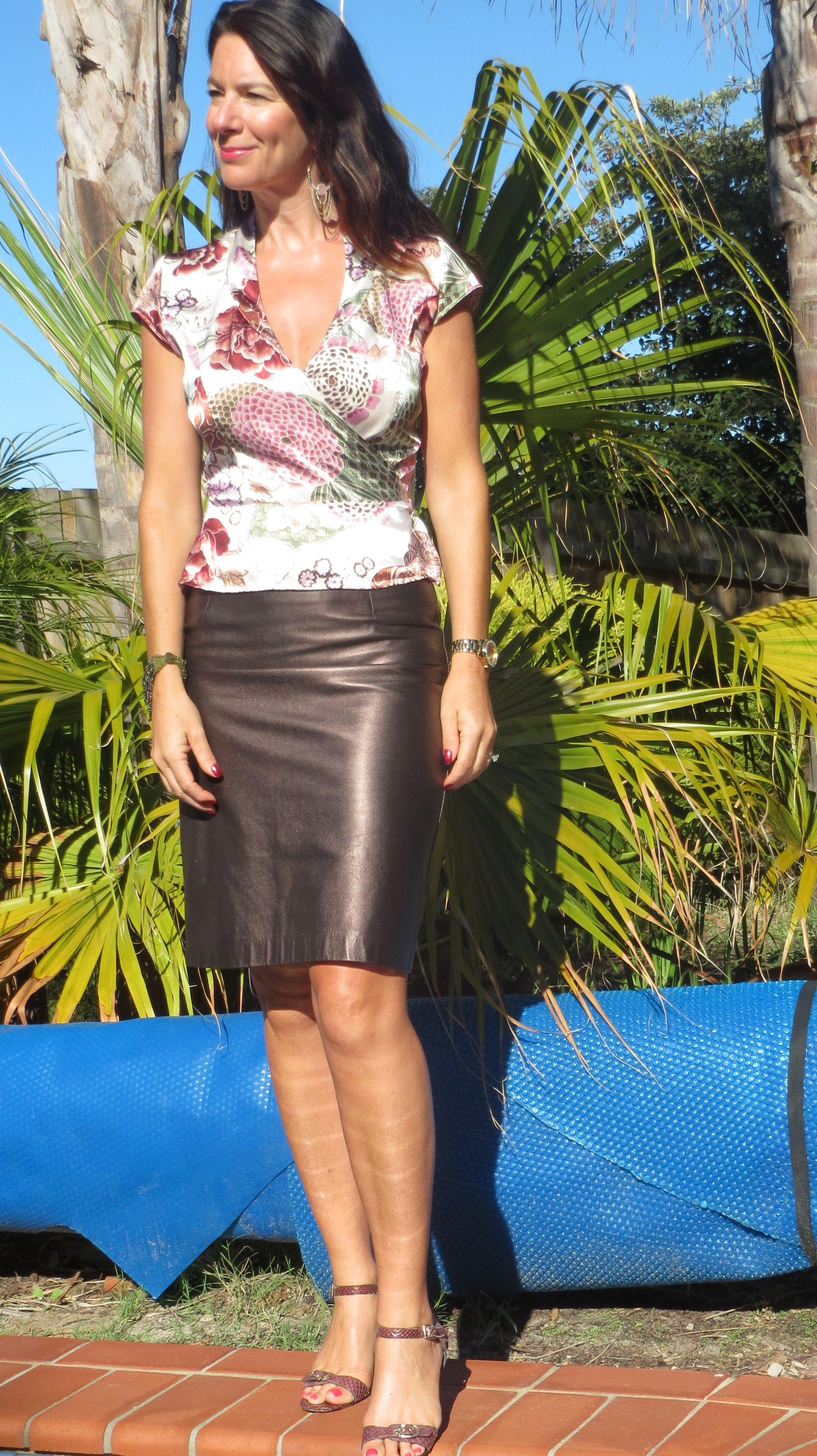 leather metallic skirt 1   mature fashion   pinterest   metallic