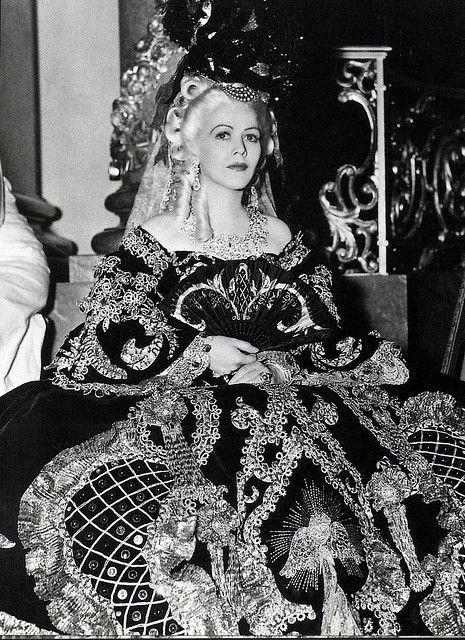 """Résultat de recherche d'images pour """"Gladys George Marie-Antoinette Van Dyke 1938"""""""
