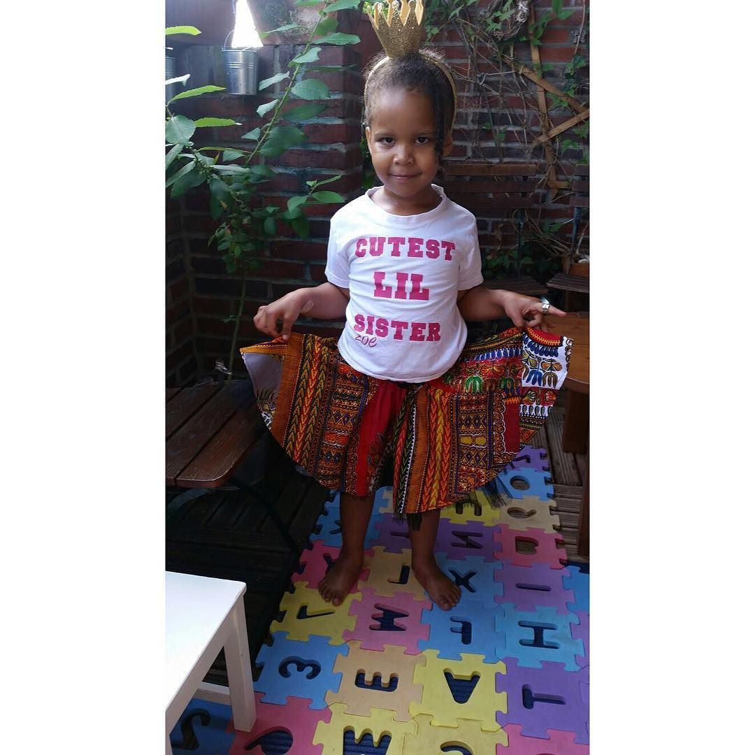 Isn't she just the cutest ever? And she loves her #dashiki Patchwork skirt. Thank You dear @flbl1  #oriwodesign #madeingermany #handmade #slowfashion #dashiki #africanfashion #africanwaxprint #dashikiskirt #patchworkskirt #africankidsfashion #bestclientsever #myniece #greatful