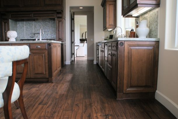 Distressed Alder Kitchen W L Rubottom Cabinets Co Kitchen Cabinet Trends Black Walnut Flooring Diy Kitchen Cabinets