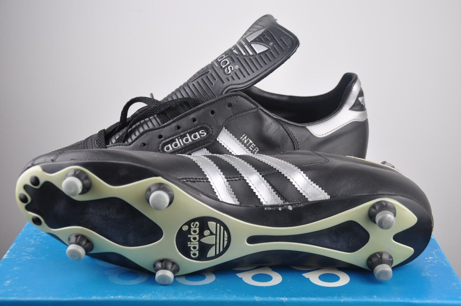 Adidas INTER Soccer boots New size 11,5