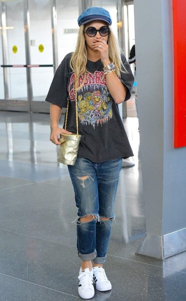Rita Ora wearing Cartier Juste Un Clou Bracelet, Adidas Originals Superstar  2 Sneakers, Citizens