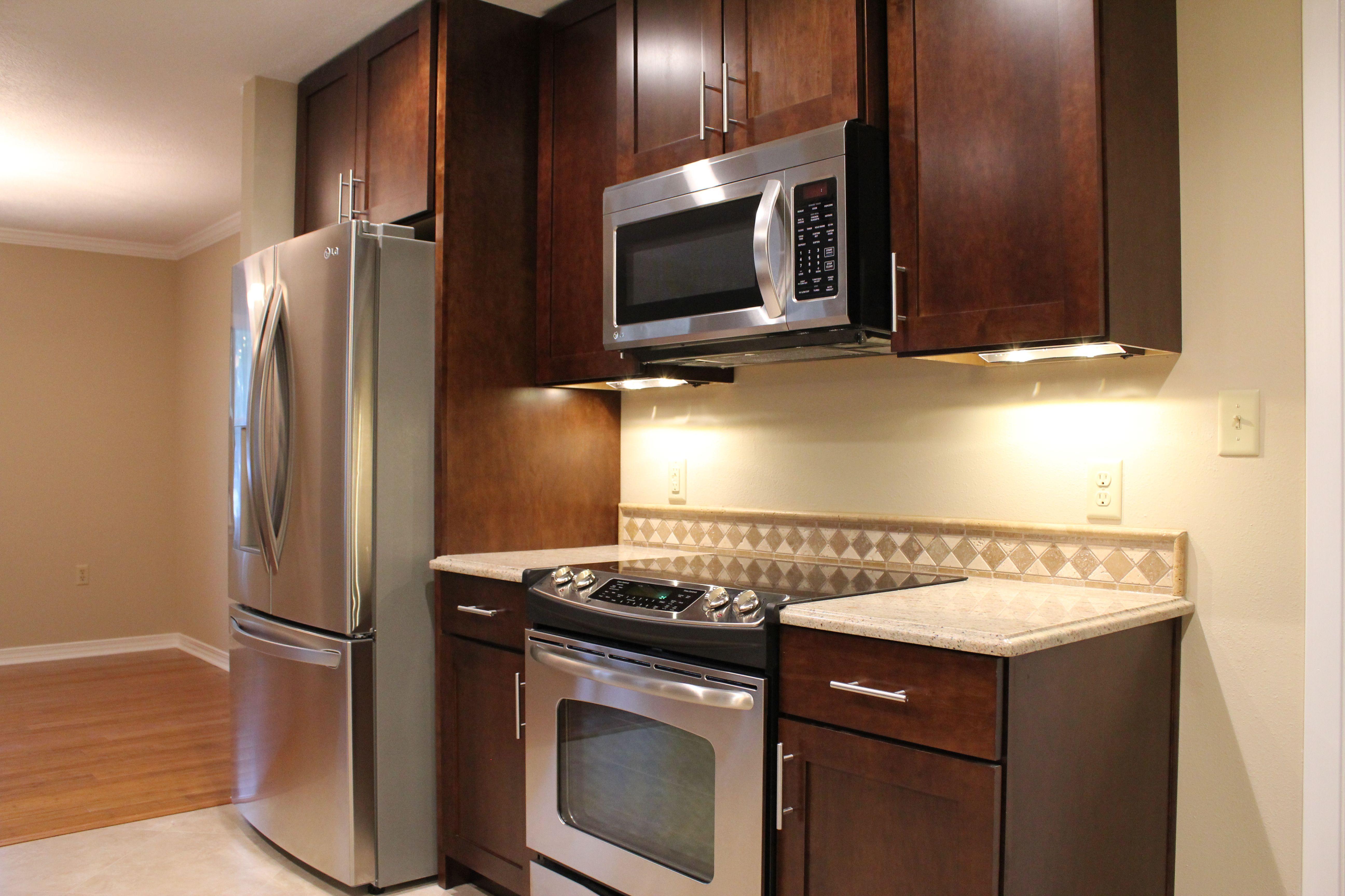 Wellborn cabinetry, Sienna maple | Kitchen, Kitchen ...