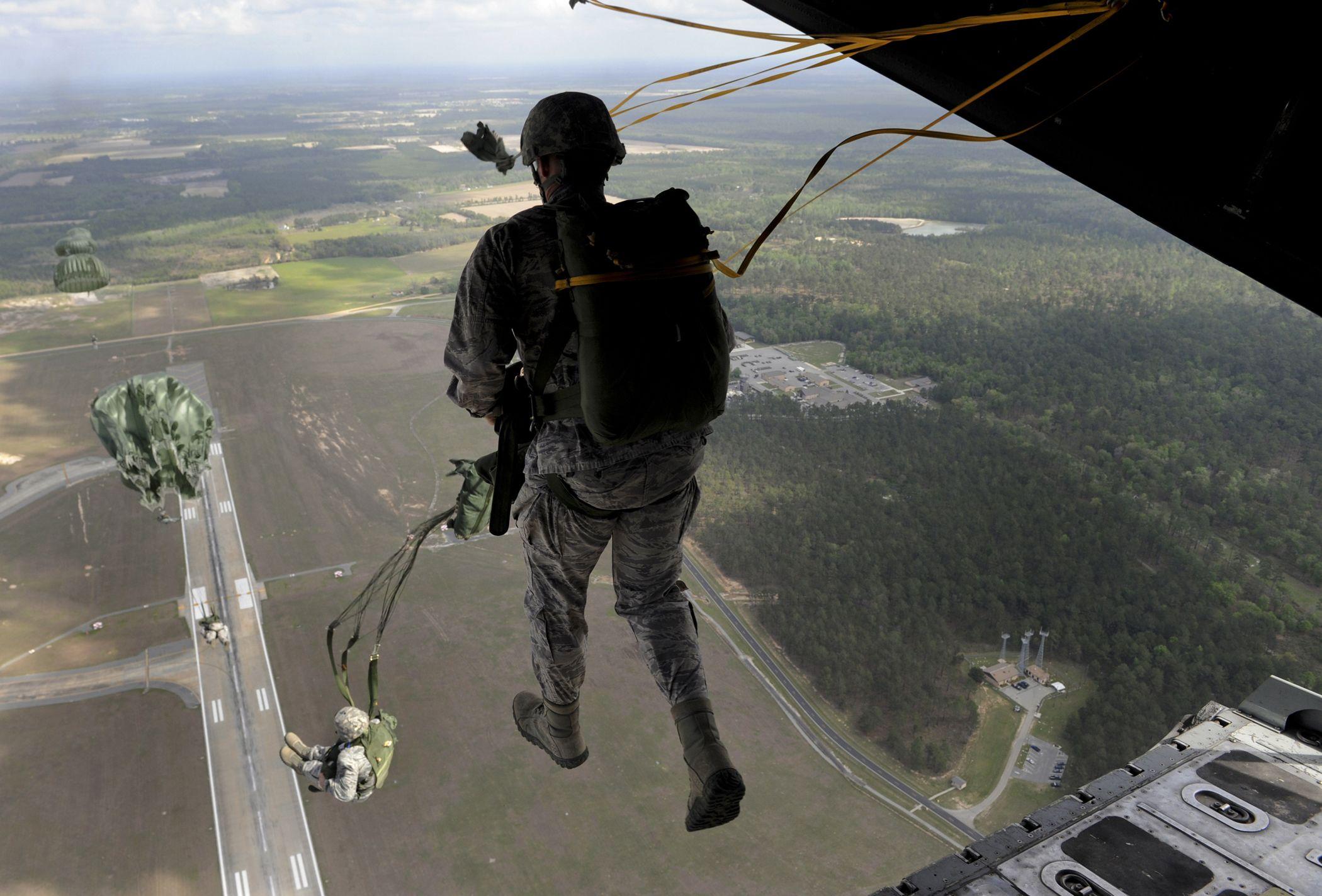 Walking On Air Airborne ranger, Airborne army, Military