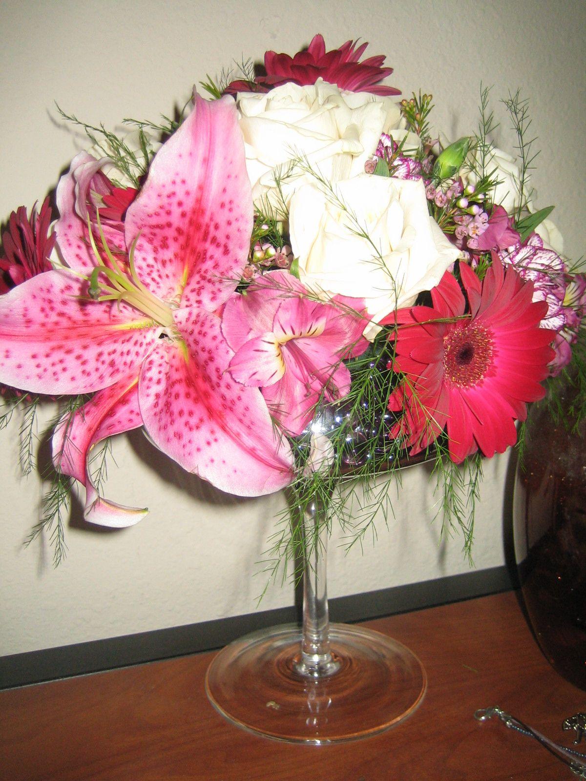 BEAUTIFUL - wine glass flower bouquet :) | BOUQUET - IN GLASS & VASE ...