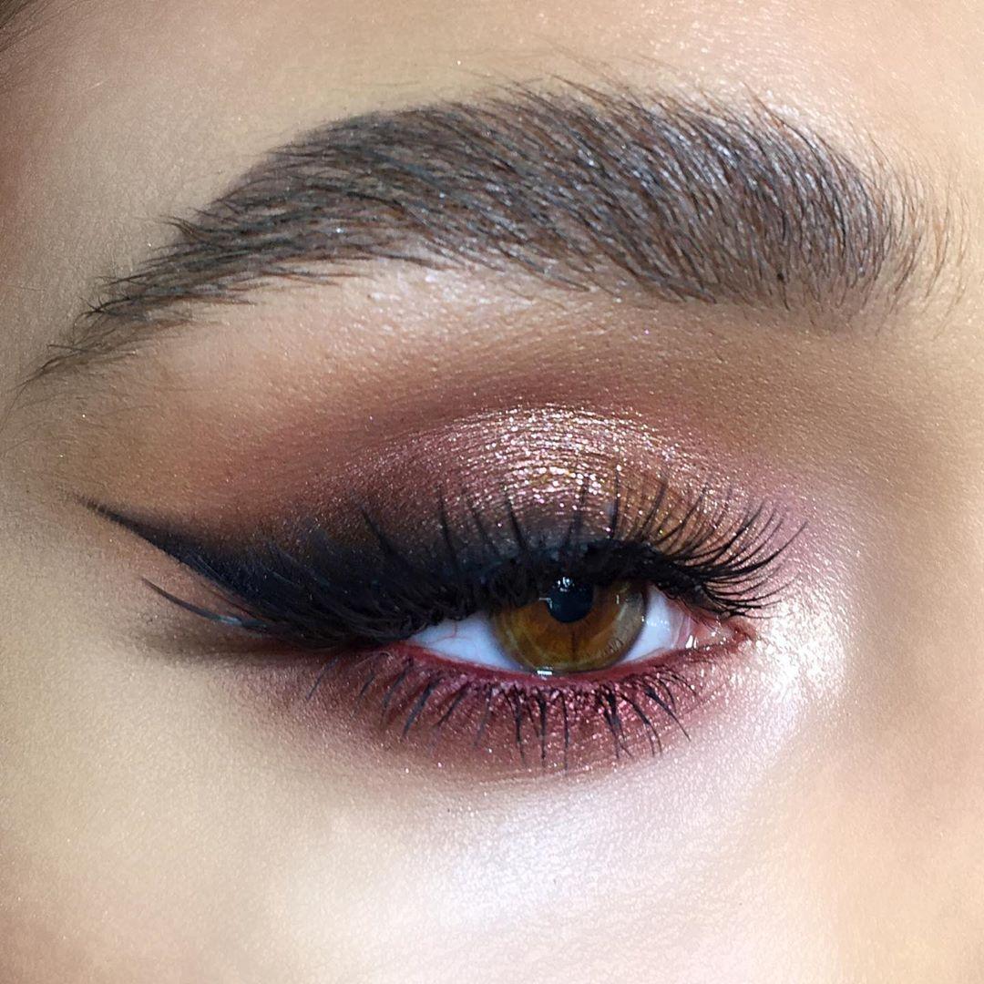 Instagram ʙᴇᴀᴜᴛʏ_ᴠᴀɪɴ Bridal eye makeup, Peach eye