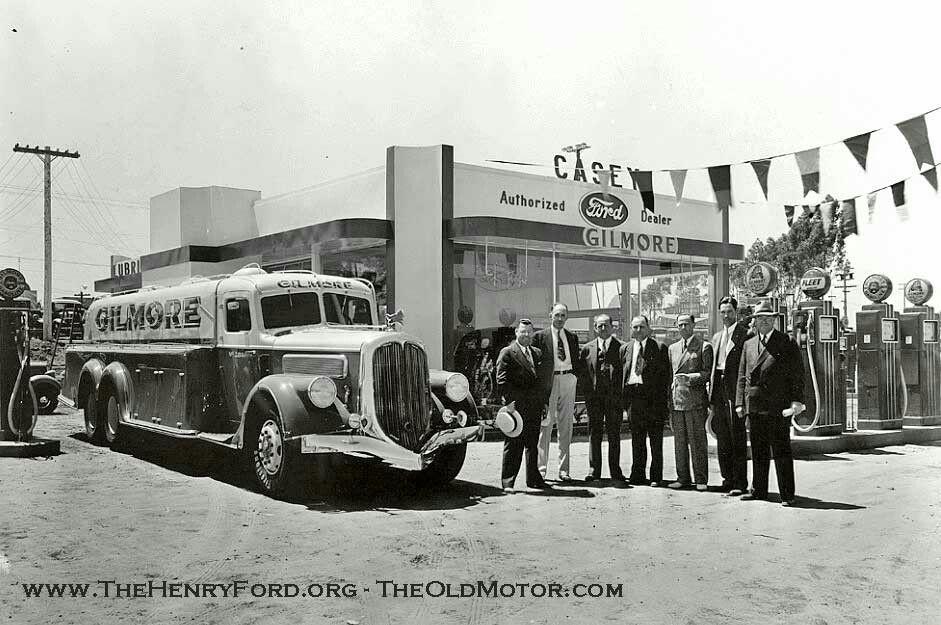 Temporary gas/station dealership built for 1935 California