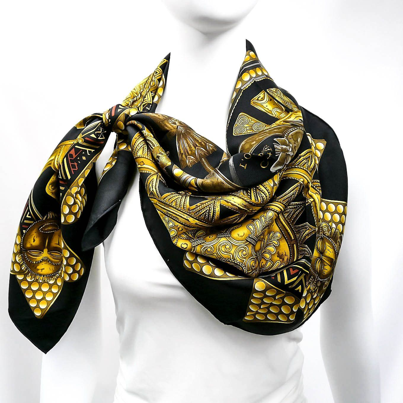 Hermes L'Or des Chefs Black Gold CW 1997 | Black gold, Scarves and ...