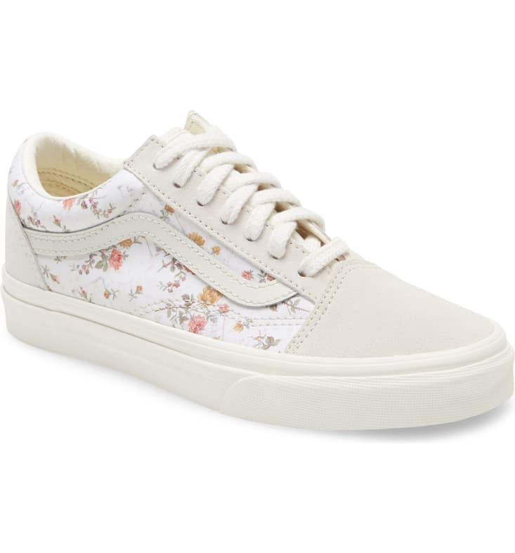 Vans Ua Old Skool Lux Floral Sneaker Women In 2020 Floral Sneakers Sneakers Vans