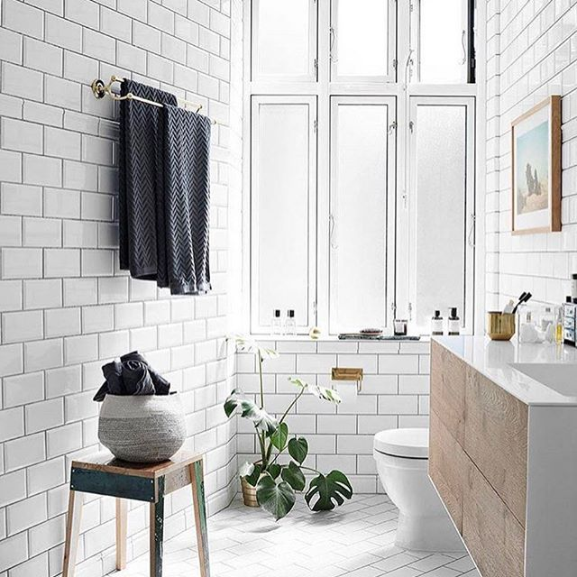 subway tiles perfection ☝beautiful bathroom inspo via @elledecorationse styled by @sidselrudolph have a lovely evening dear all! x __ get inspired, follow @interior.hunter ✨ __ #passion4interior #interior123 #interior125 #interior444 #interior4all #interior4you #interior #interiordesign #interiorarchitecture #interiordesignideas #interiorstyle #interiorlovers #interiordecorating #interiorandhome #interiorstyling #interiordetails #interiorforinspo #homedesign #homeinterior #homeinspirati...