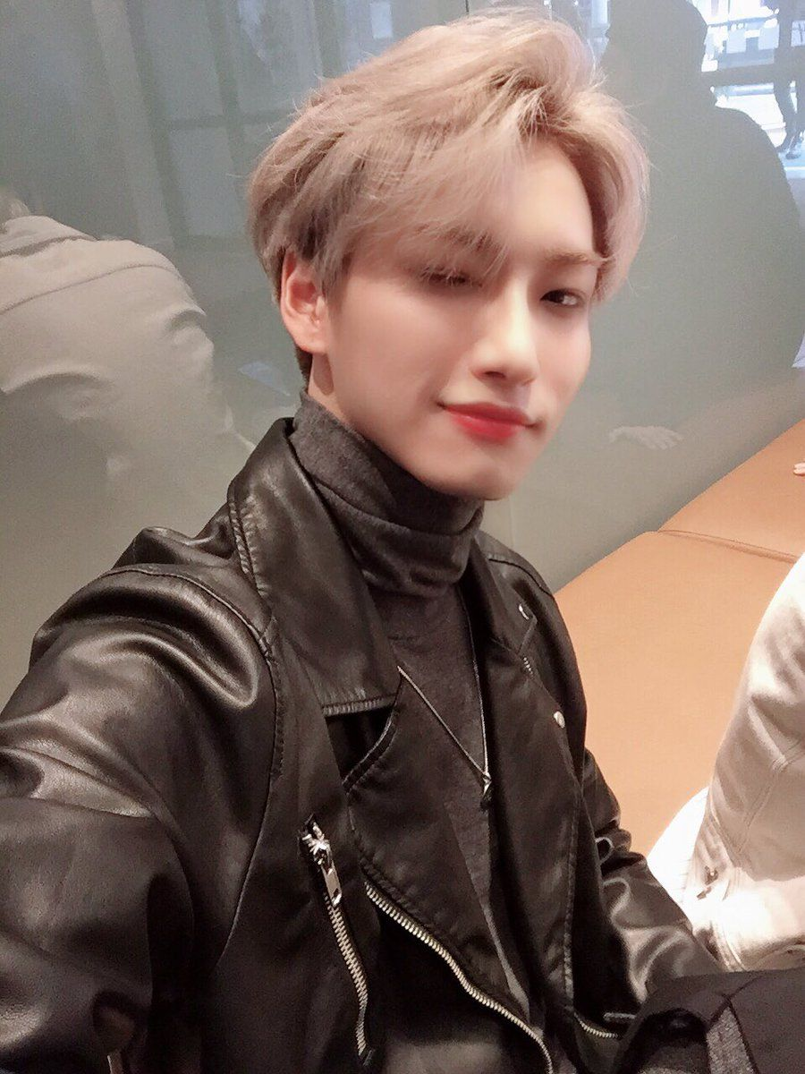 ATEEZ(에이티즈) on (With images) Woo young, Park, Kim hongjoong