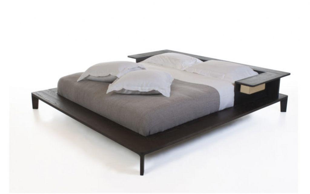 Flache Plattform Bett Rahmen Flache Plattform-Bett-Rahmen. Bett ...