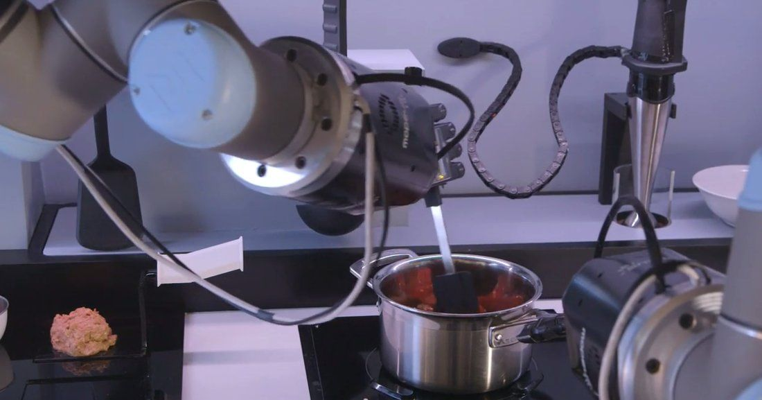 Video Fully Automated Kitchen Robot Chef Can Cook 2 000 Different