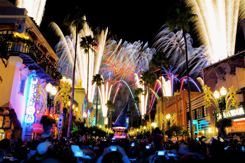 Walt Disney World - Hollywood Studios - Fireworks over Hollywood Boulevard
