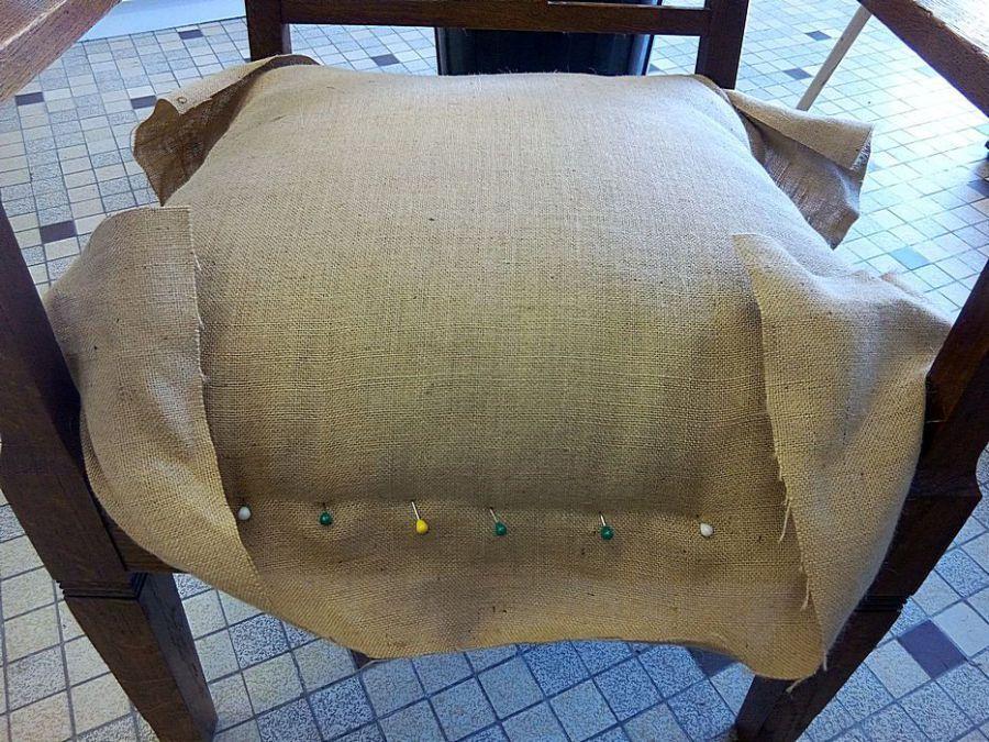 les belles assises pas pas r fection d 39 un fauteuil de style art nouveau en traditionnel. Black Bedroom Furniture Sets. Home Design Ideas