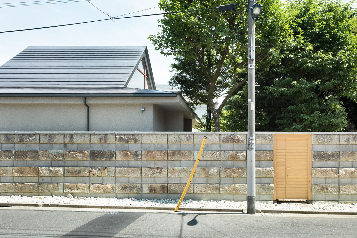 Gallery Of Dutch Gable Roof House Hiroki Tominaga Atelier 10 Gable Roof House Dutch Gable Roof House Roof