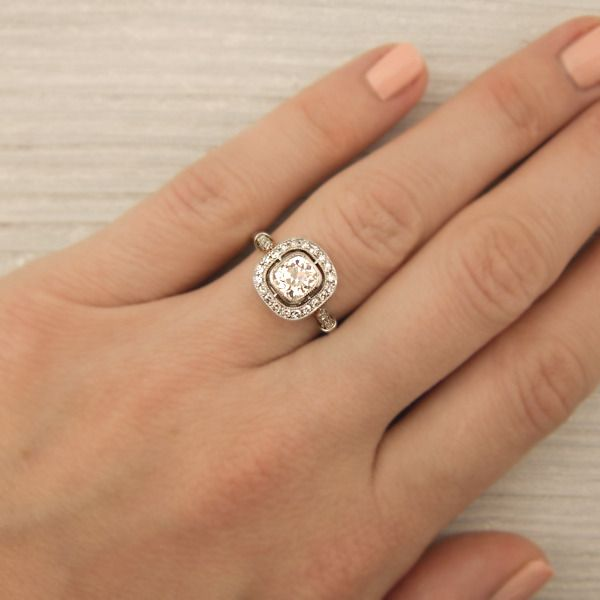 Delicieux Vintage Old Cushion Cut Diamond In Platinum   Dream Ring