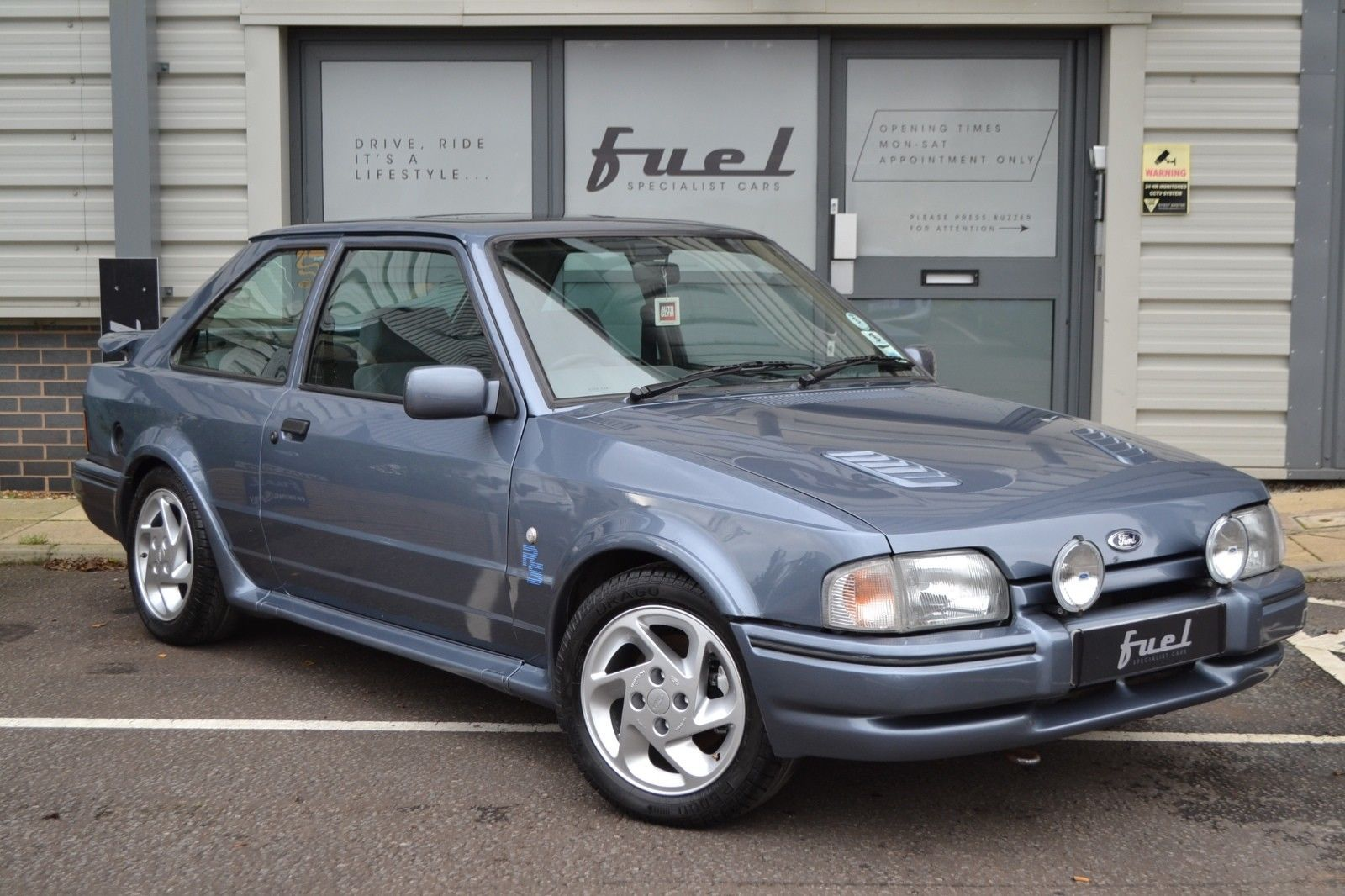 this ford escort rs turbo is for sale 80s 90s turbo cars pinterest. Black Bedroom Furniture Sets. Home Design Ideas
