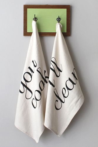 30 Perfect Holiday Gifts From Etsy Tea Towel Set Tea Towels