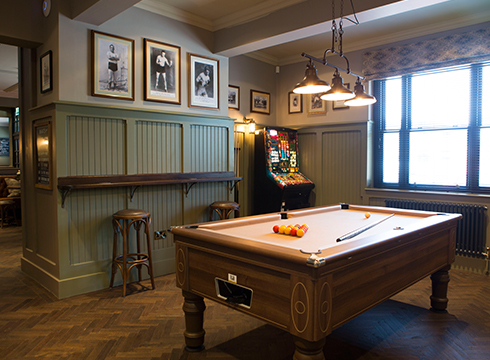 THE ASTLEY ARMS REOPENS FOLLOWING £500k REFURBISHMENT