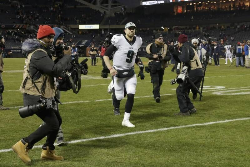 The Nick Foles Legend Grows In Win Over Bears Marked By Controversy Disbelief Eagles Win Football Playoffs Chicago Bears