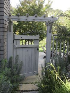 English Gardens With Grey Fences Google Search Garden