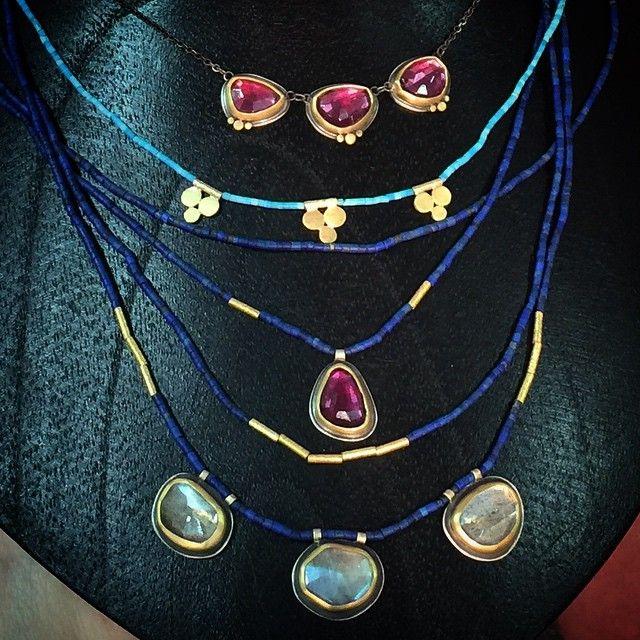 https://www.facebook.com/anandakhalsajewelry/photos/a.393834489771.193231.198659644771/10153589131909772/?type=1