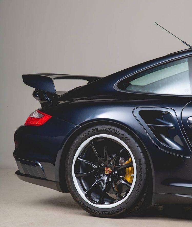 Pin van RZ_Vision op Porsche GT's