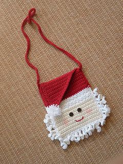 Santa Purse that would be cute to put homemade goodies in!!...Free pattern!