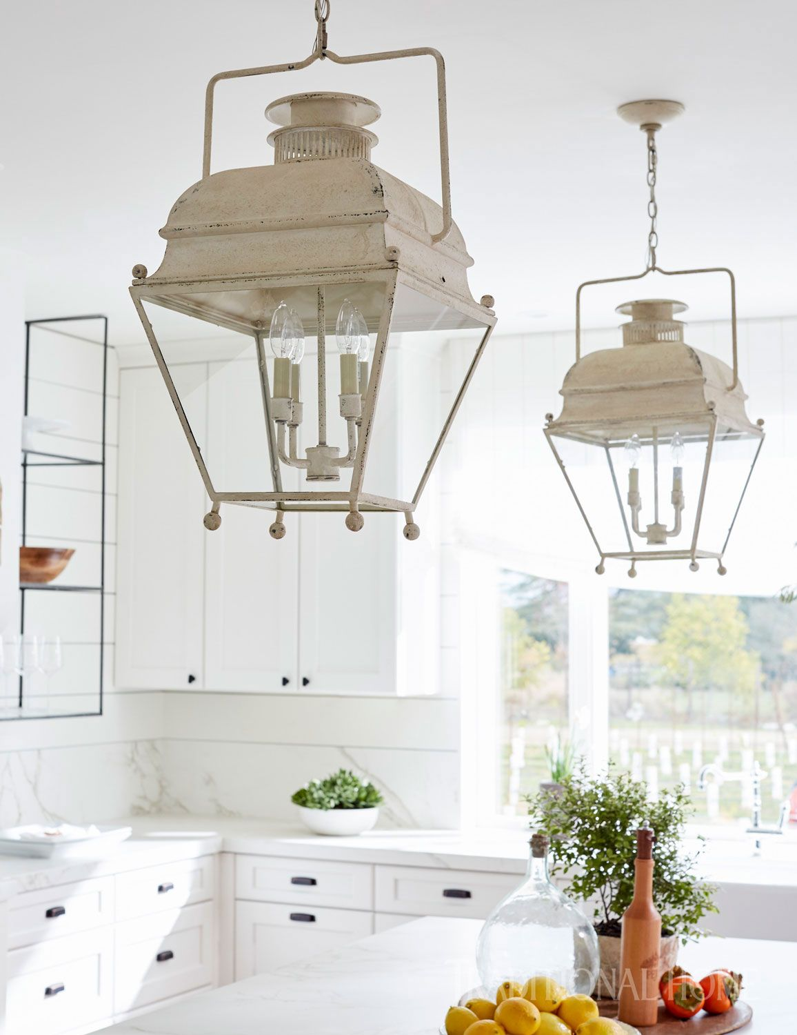 White Farmhouse-Style Kitchen | White farmhouse, Farmhouse style and ...