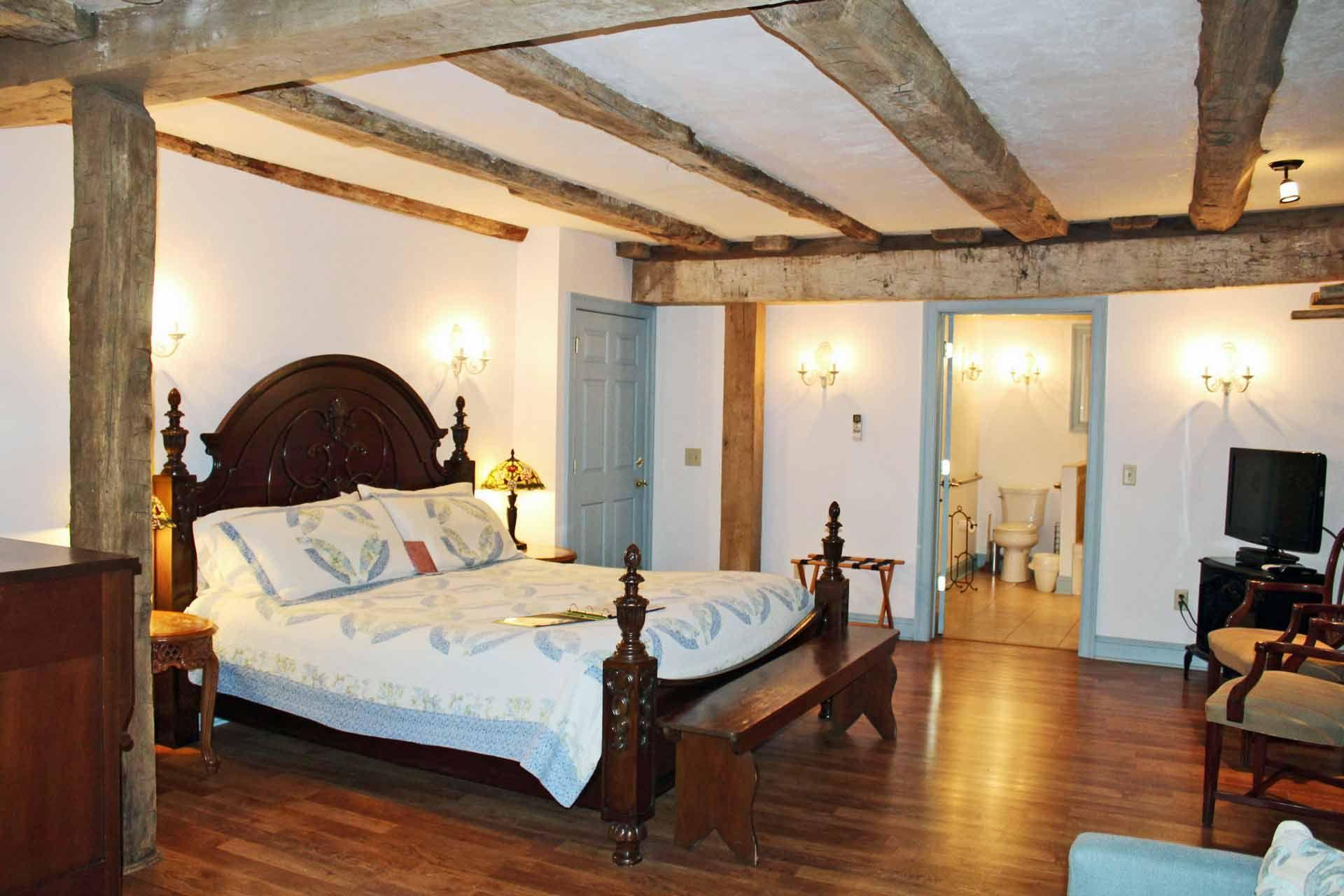 Gettysburg Battlefield Bed and Breakfast Inn Bed