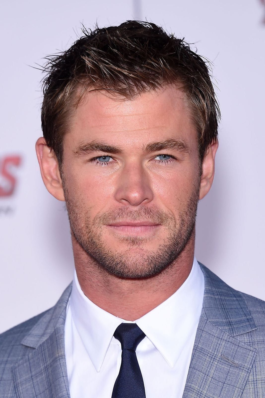 Hairstyles Hemsworth Hairstyle Widows Chris Short Spiky