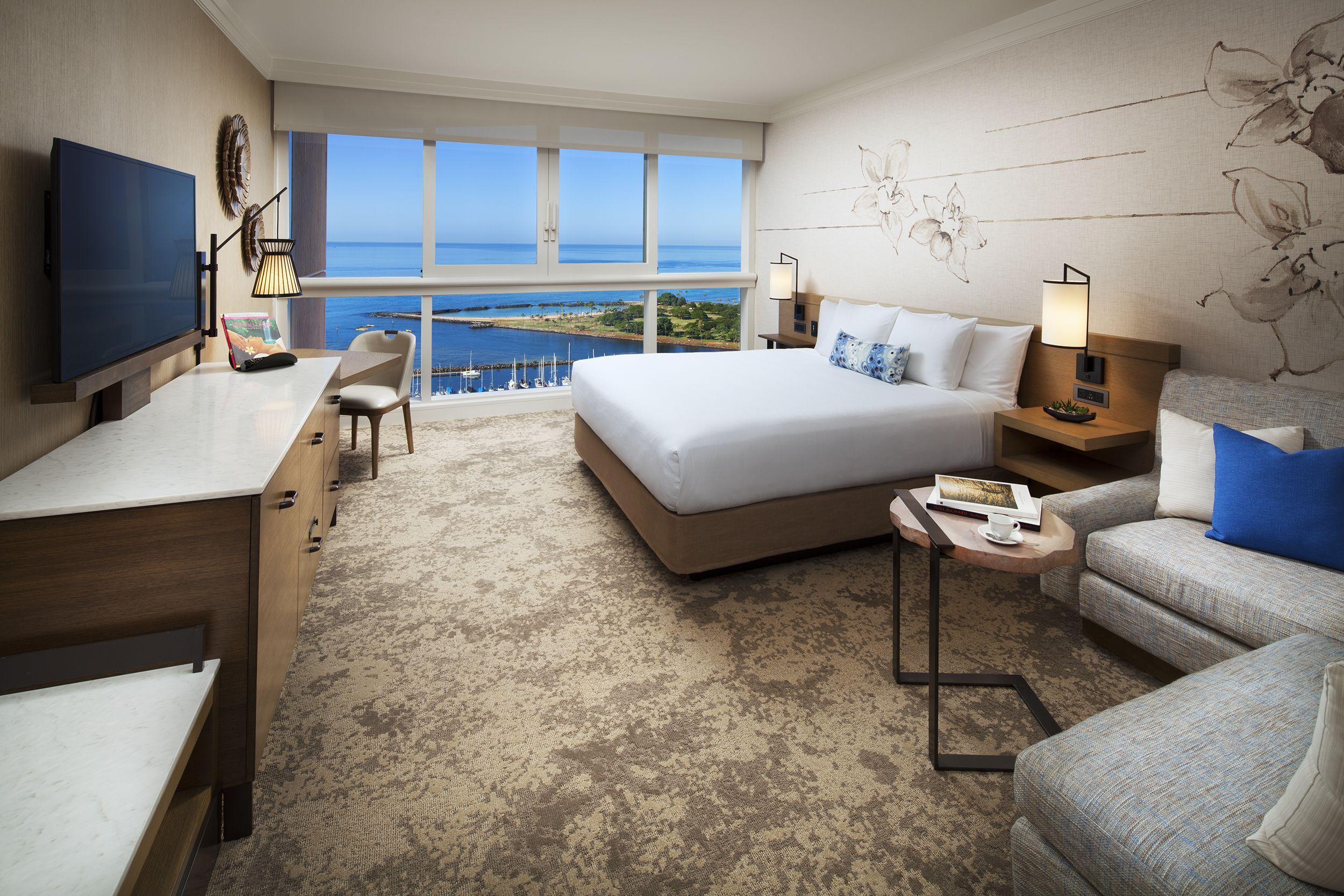 Ocean Front Premier Room Prince Waikiki Prince Waikiki Hotel Waikiki Hotels Luxury Hotel